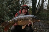 Stunning linear mirror for Ed