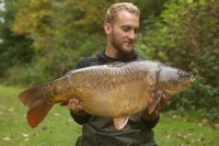 A cracking St Johns mirror for Tom Dove