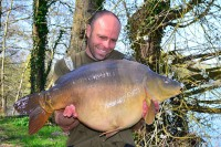 Another chunky mirror for Dean, weighing 41lb