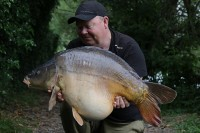 This fat 37lb 7oz mirror put up a great fight