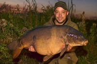 He named this 44lb 9oz mirror Gwen, after his nan