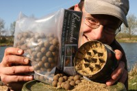Boilies crush up to a mere dust
