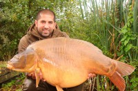 Ali and Danny visit the stunning Gigantica Lake, in France