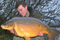 This belting 26lb mirror got the day up and running