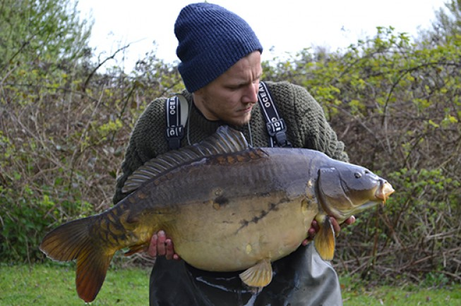 Scott Sweetman with a 28lb 10oz mirror