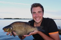 The Gurus catch big bream in the second episode