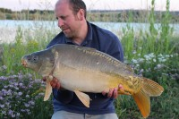 Owner Ross with another hard-fighting mirror
