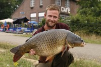 Stunning Dutch canal common