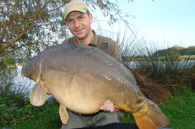Fat fish opens news korda for Is fish high in cholesterol