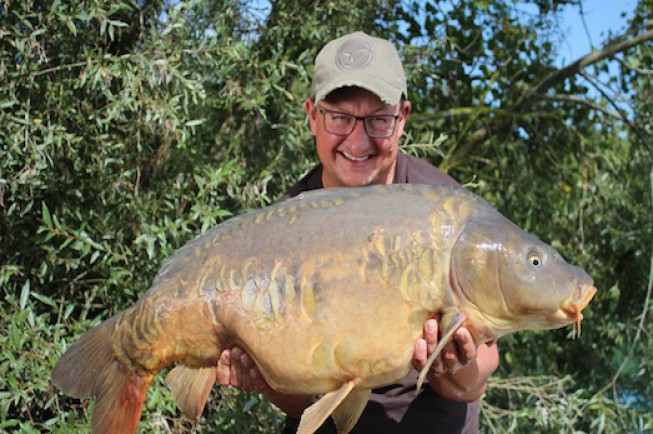 Dan 39 s in store danny fairbrass news korda for What are fatty fish
